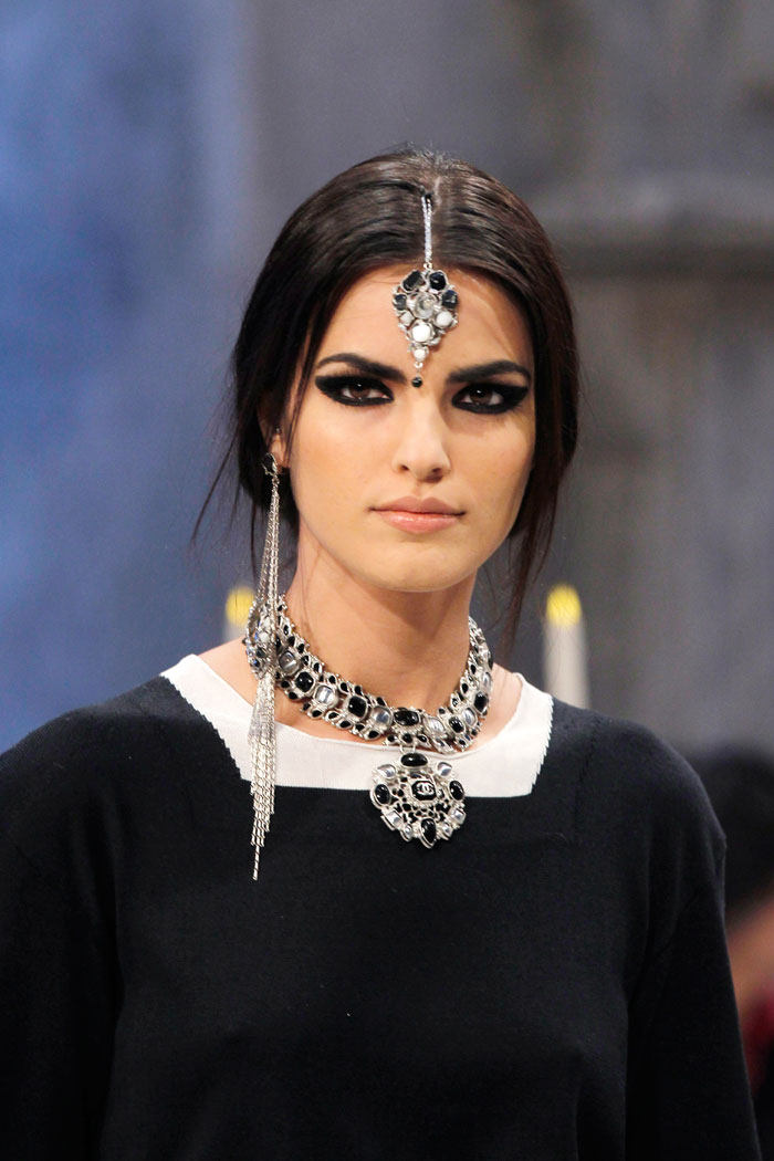 Ornate jewellery played a starring role in the collection.