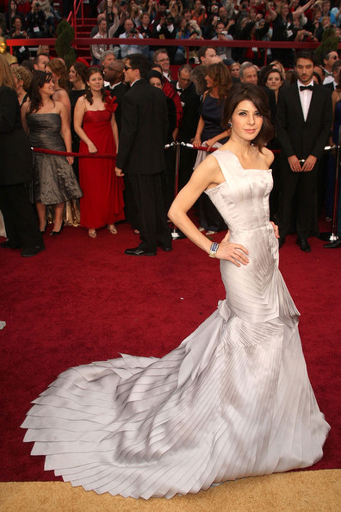 Marisa Tomei, Versace, 2009 – That's a whole lotta dress but we have to give it to Marisa for taking a fashion risk and pulling it off with simple hair and makeup, and minimal bling